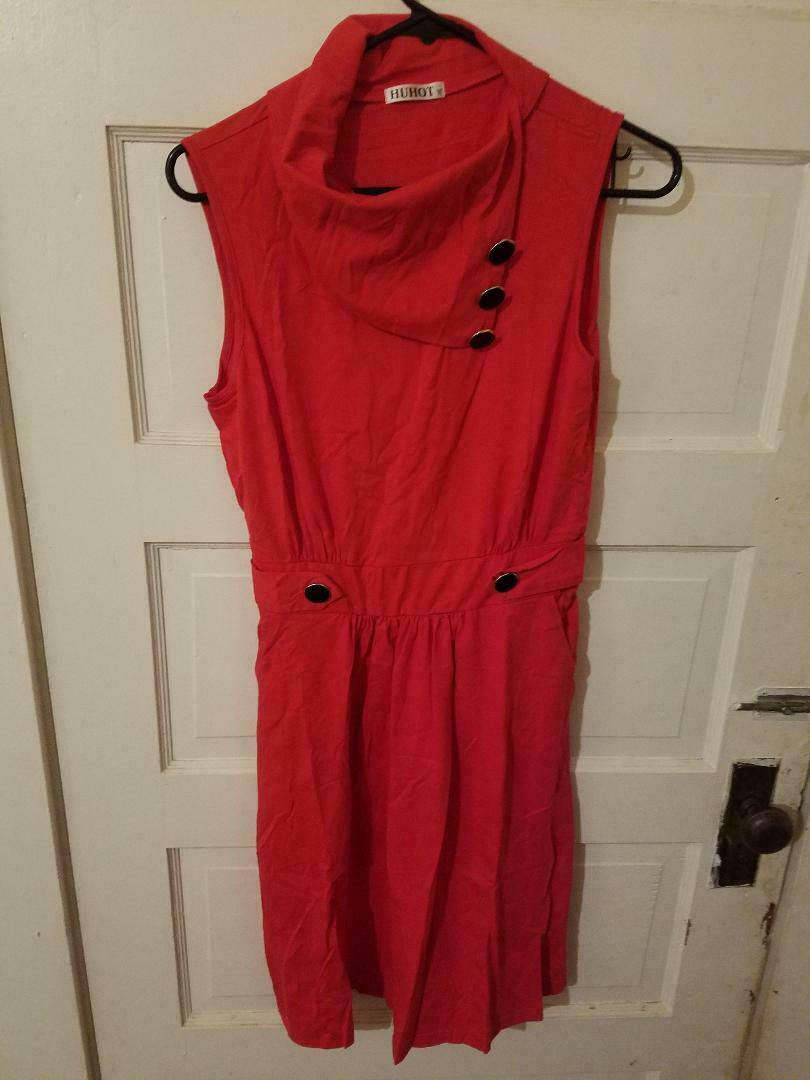 Primary image for NWOT Huhot red sleeveless flared dress womens M