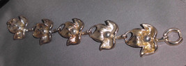 VTG Beautiful Abstract Silver Tone Leaf Bracelet - $12.38