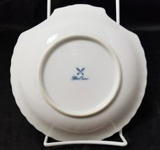 """Blue Onion Scallop Shell Bowls Set of 4 Clam Shell Plates 7""""×7"""" White, Swords image 8"""