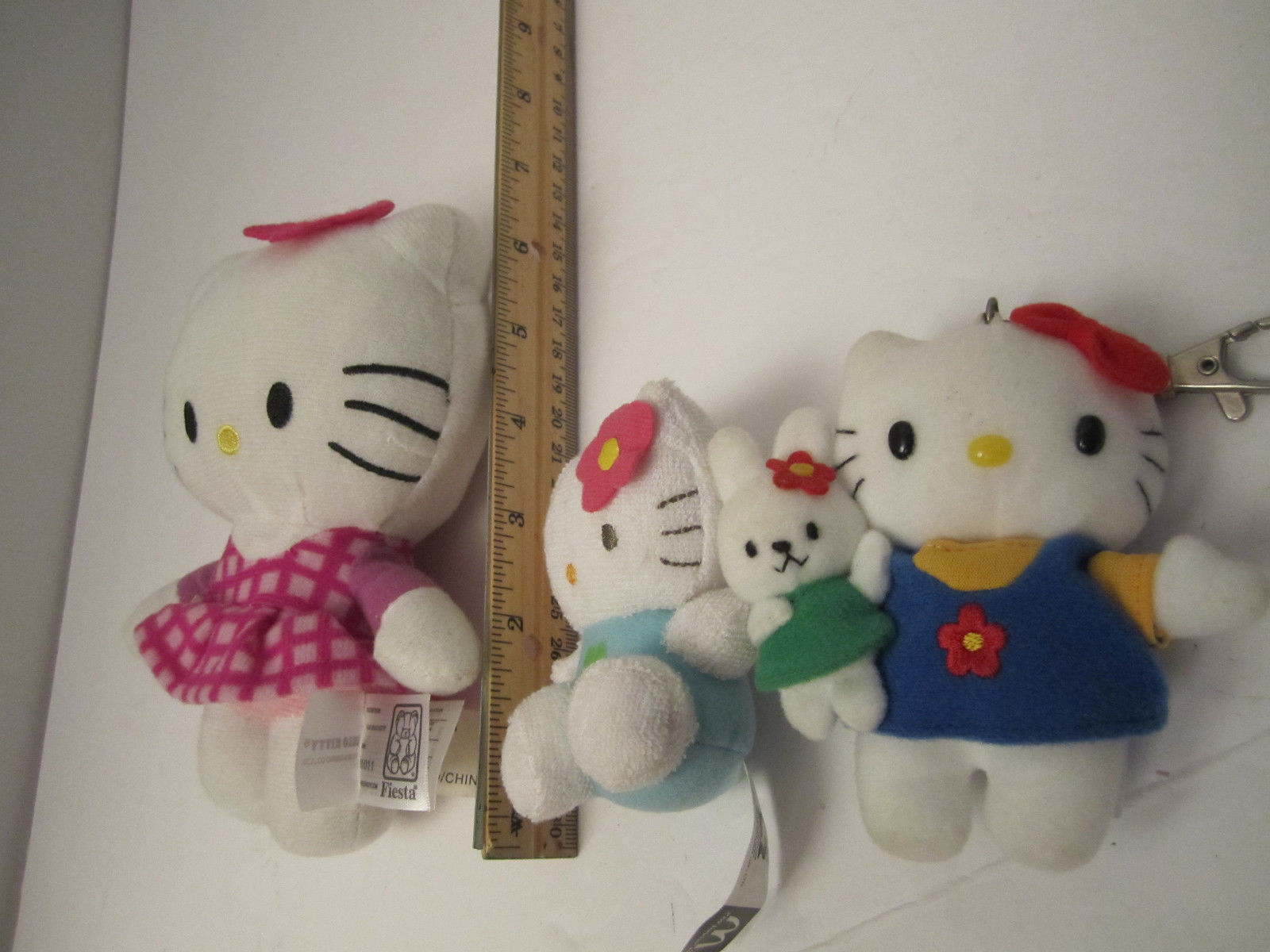 CUTE Trio of Small Plush Hello Kitty Sanrio Stuffed Cat Animal Toys NM Pre-Owned image 12