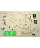 Jewelry Necklaces Bracelets Earrings Qty 25 Plastic Base Metal - $36.41