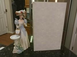Vintage 1998 Mrs. Albee Porcelain Figurine Avon Presidents Club Award w/Box - $32.99