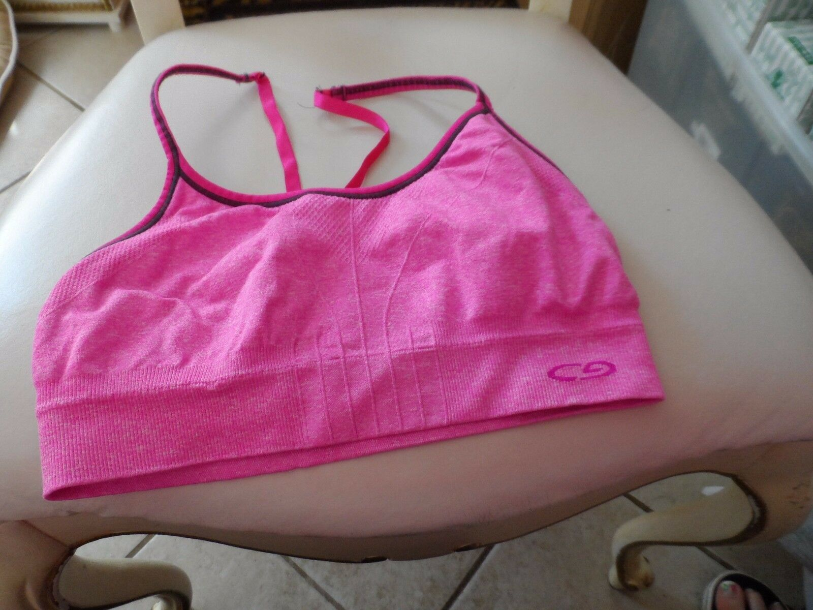 girls black and pink sports bra size Small by Champion