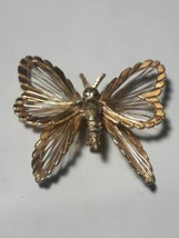 Beautiful Monet Butterfly BROOCH Gold Tone Signed - $9.90