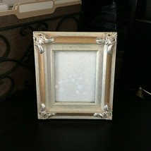 "BURNES 7.75"" x 7"" Resin PICTURE FRAME For a 4"" x 5"" Photo Distressed GOL... - $417,24 MXN"