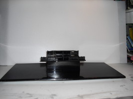 bn61-03845a   stand   with  screws   for  samsung  Ln46a750r1f - $49.99