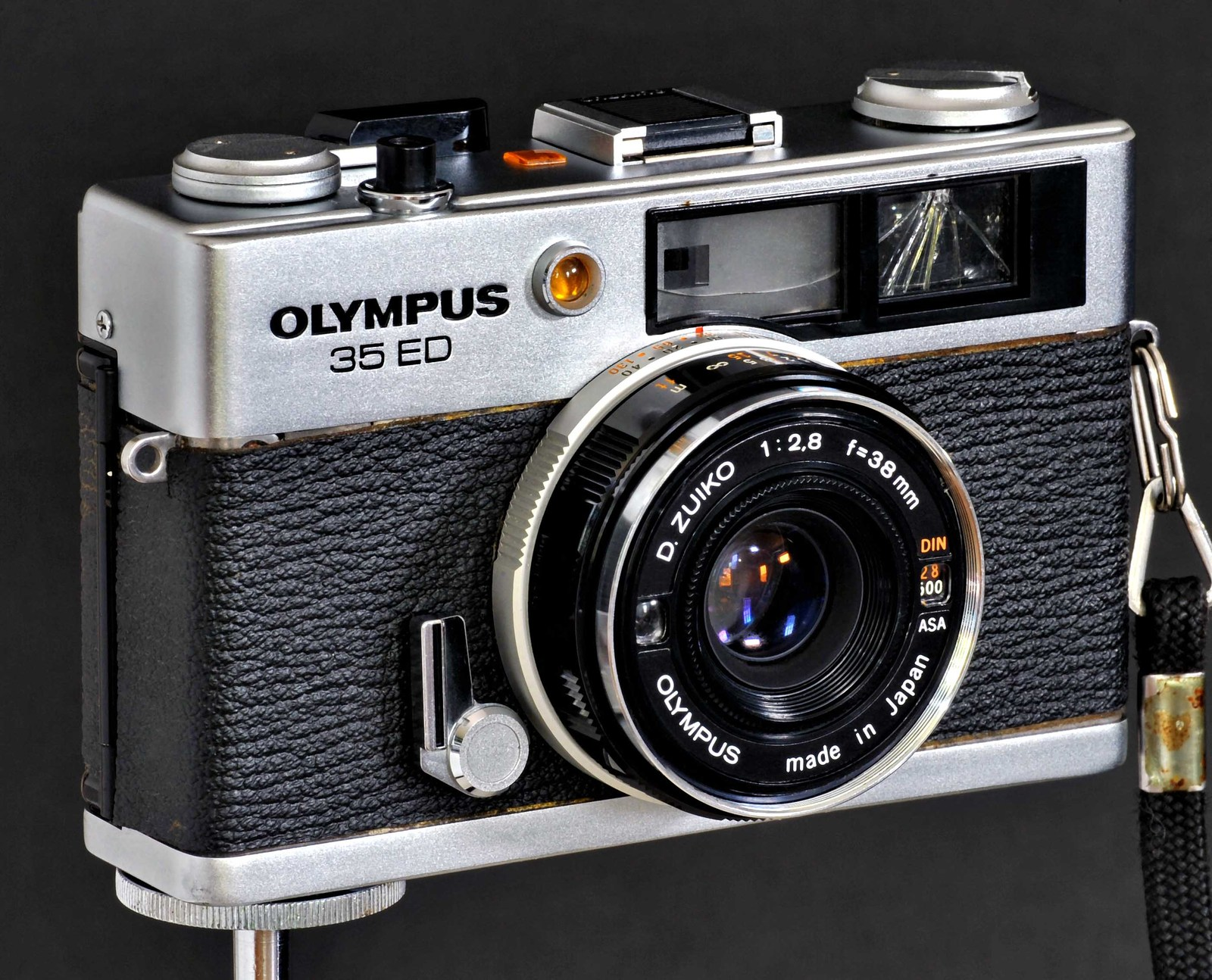 Olympus 35 ed w 38 f2.8 d.zuiko cracked vf.sf