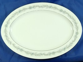 "Vintage Style House Duchess Pattern 14"" Oval Pl... - $9.95"