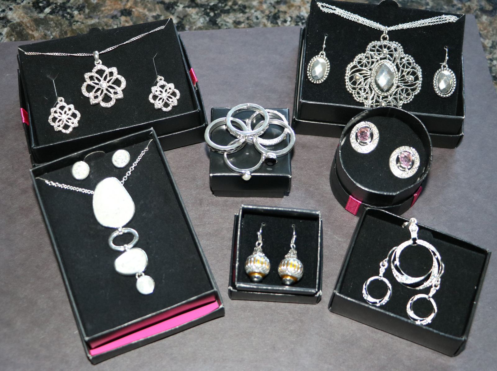 Avon Jewelry Lot- Gift Sets, Necklace, Rings, Silver Floralie