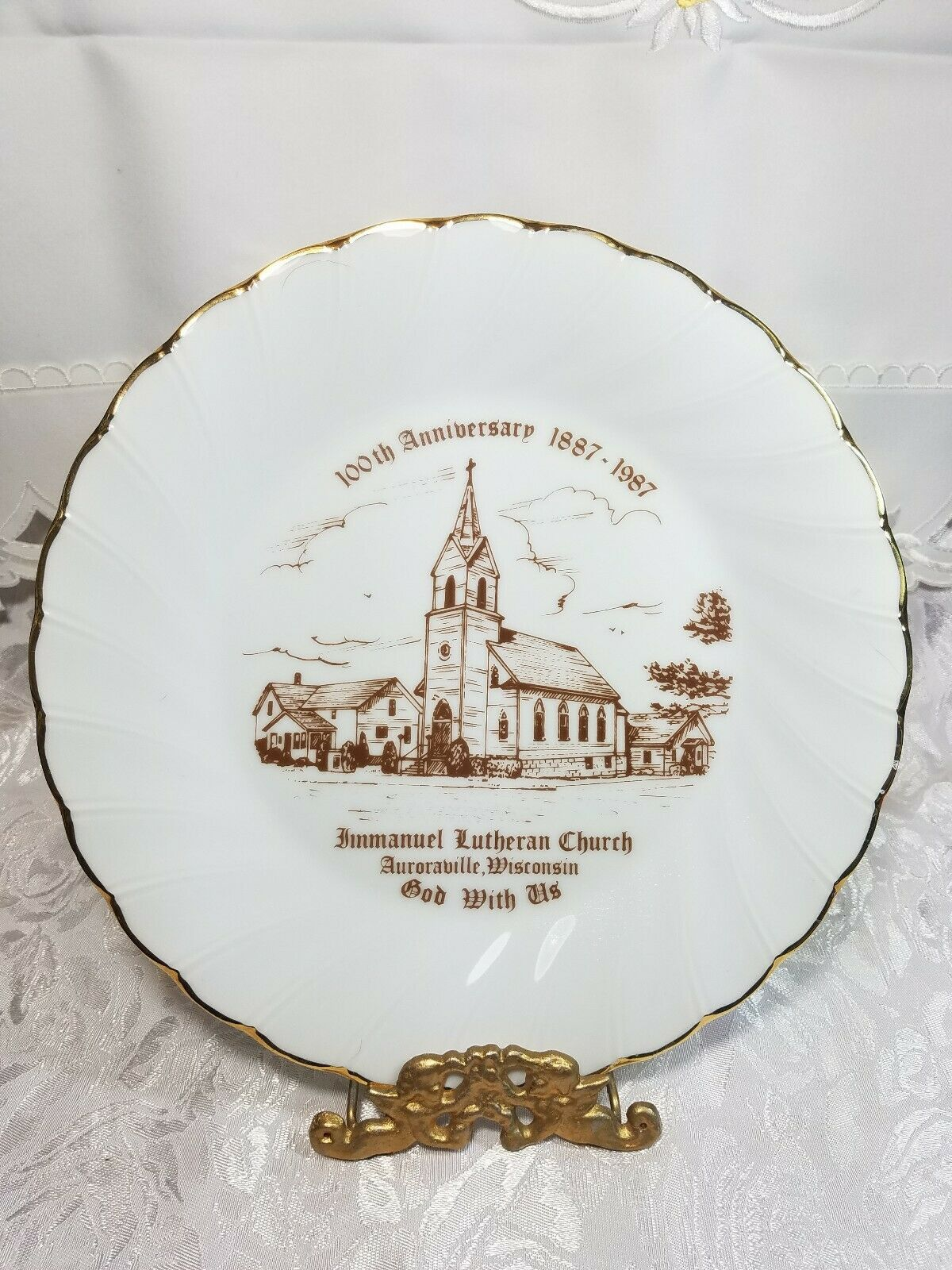 VINTAGE DECORATIVE PLATE ST IMMANUEL LUTHERAN CHURCH AURORAVILLE, WISCONSIN 1987