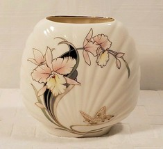 Japanese Clam Shell Vase White With Flowers & Butterfly 6 3/4 Tall & App... - $24.25