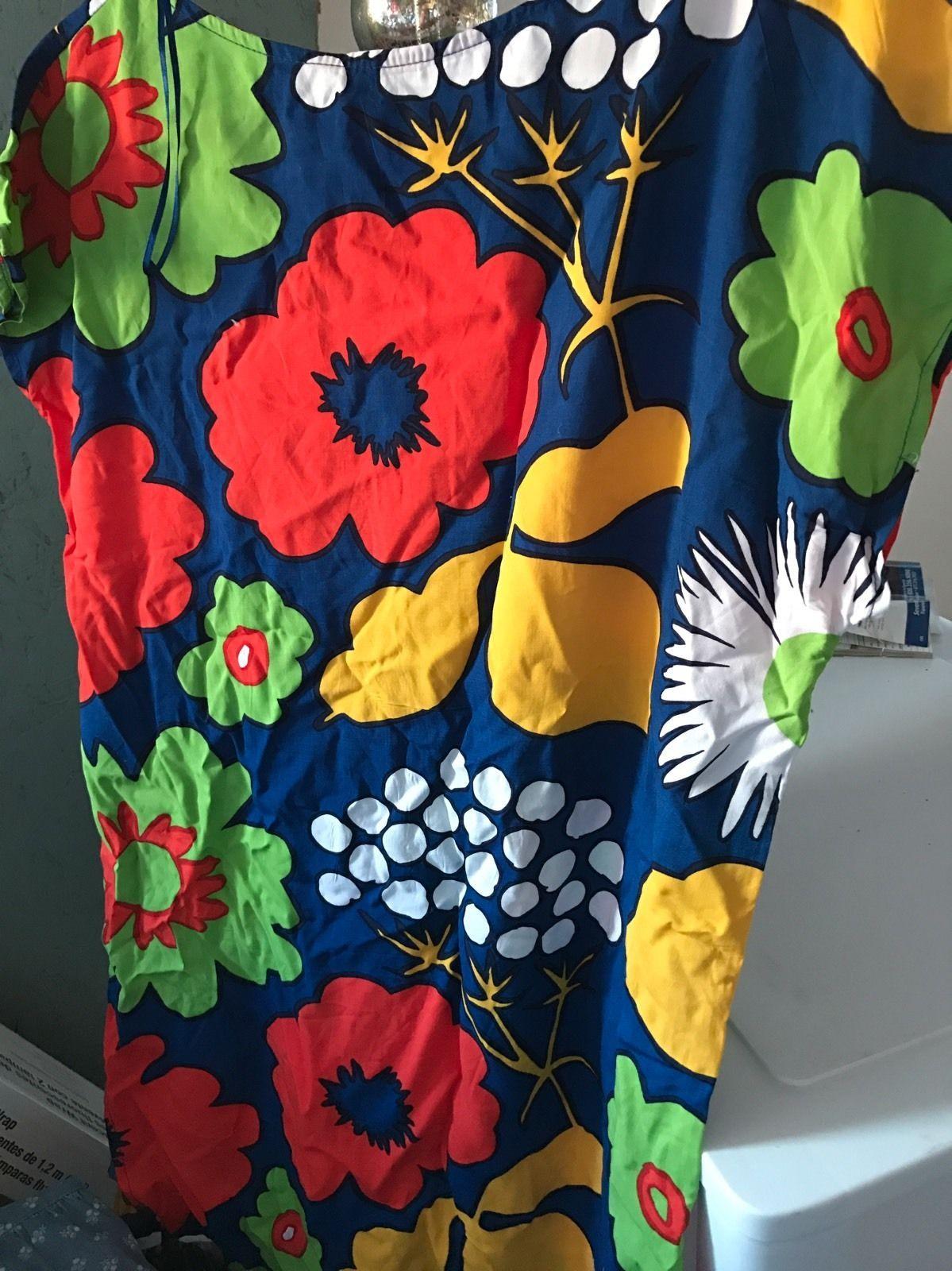 2ce55ae9f1 MARIMEKKO FOR TARGET Women s Small Tunic Kukkatori Print Primary Swim Cover  Up