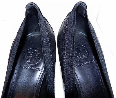 Tory Burch Carrie Quilted Leather Cap Toe Pump 7.5Black Low Heel Shoes Gold Logo