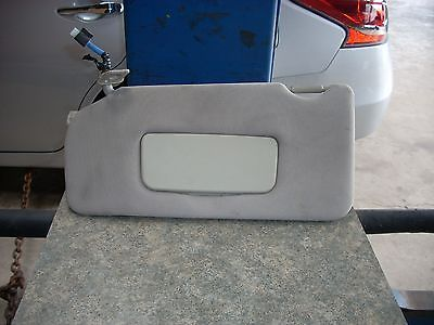 2013 NISSAN MAXIMA LEFT DRIVER SIDE SUN VISOR WITH MIRROR AND LIGHT