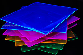 Blacklight Reactive 10.75 Inch Square Twist Plastic Party Plates- 10 ct. - $8.95