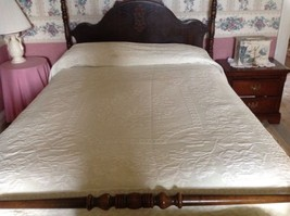 Vintage Green Cotton Bedspread Full Size Fringed Cottage Chic or Cutter ... - $38.94