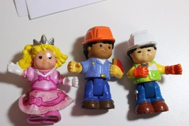 lot of Fisher Price Little People figures Roberto, Max and Sarah Lynn be... - $12.82