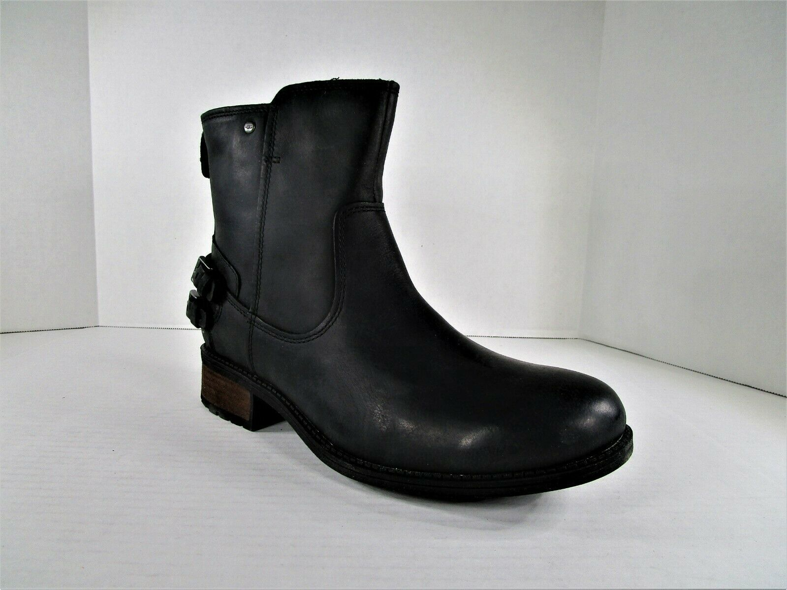 Primary image for Ugg Australia Orion Boot Waterproof Leather 1007769 U.S. Women's Sz 10 Footwear