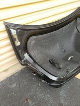 13-18 Ford Taurus SEL Trunk Lid W/Camera & Spoiler image 5