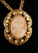Detachable Cameo necklace - Florenza carved cameo brooch  - Edwardian style pend - $125.00