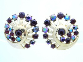 VTG 1950s CROWN TRIFARI Gold Tone Red AB Rhinestone Clip Earrings - $49.50