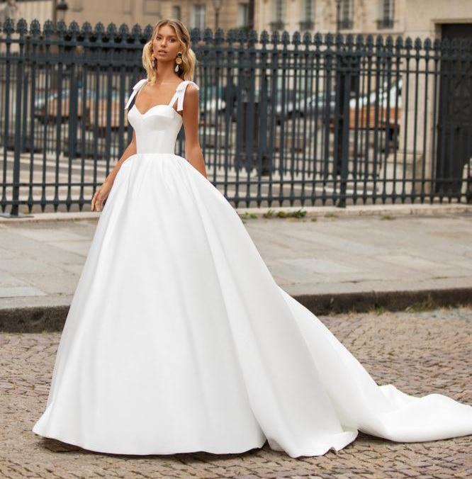 K lacing simple bridal gowns princess wedding party dresses 8f94bb4f 4059 4940 bf94 267815b592d2