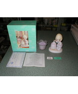 Precious Moments 2004 A Mother's Love Is A Warm Glow 4005610 Plus Candle #2 - $17.42