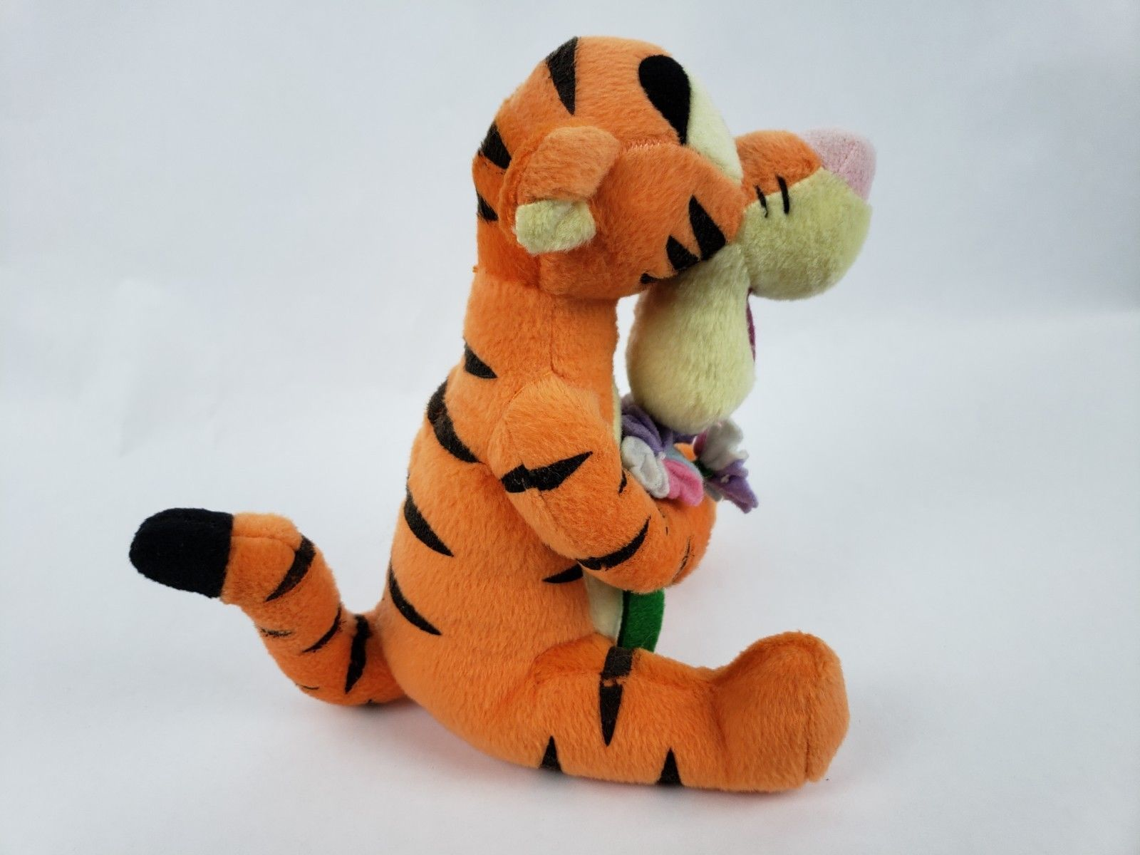 "Disney Winnie the Pooh Tigger 8"" Plush Tiger Flower Bouquet Stuffed Animal"
