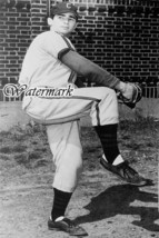 NCAA University Cincinnati Bearcats Baseball Pitcher Sandy Koufax 8 X 12 Photo  - $7.99