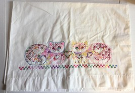 "Vintage Hand Embroidered PILLOW CASE Single 1 Cats Kittens Heart 28"" x 20"" - $16.82"