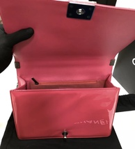 NEW AUTH CHANEL PINK QUILTED PATENT LEATHER LARGE BOY FLAP BAG  image 6