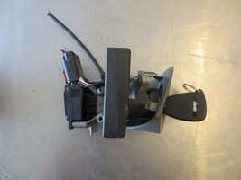 GRY814 IGNITION LOCK CYLINDER W HOUSING 2005 JEEP  GRAND CHEROKEE 3.7  - $85.00