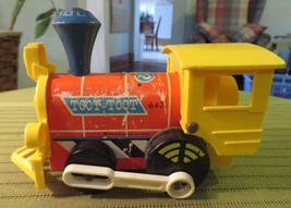 1964 Fisher Price Toys Original Toot Toot #643 Toy Train Pull Behind - $14.35