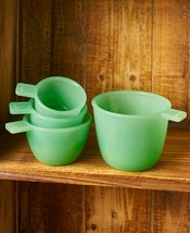 Vintage Country Glass Kitchen Accent - Set of 4 Measuring Cups - $8.94