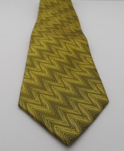 Men's 100 % Polyester Hand Made Neck Tie Gold Black - $3.55