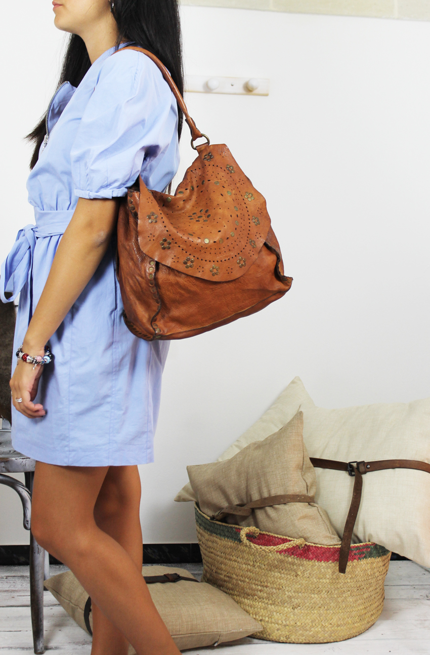 JOANNE handmade leather bag with studs image 4