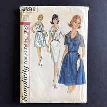Simplicity Misses Dress 1965 Sewing Pattern 5891 Size 14 Bust 34 - $9.77