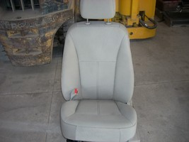 2011 FORD EDGE LEFT FRONT SEAT WITH BAG  image 1