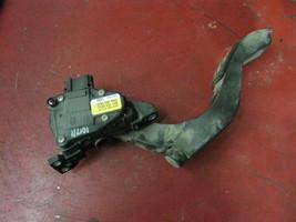00 01 03 04 05 02 Audi A6  gas accelerator pedal actuator 8d1723523 - $29.69