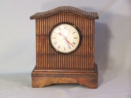 """Hut Style Clock (great small items hiding place in back) approx. 8"""" X 6.... - $7.70"""