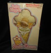 Vintage 1981 Bébé Moppets KNICKERBOCKER Sucre Cônes Jaune Fille Poupée En Boîte - $36.10