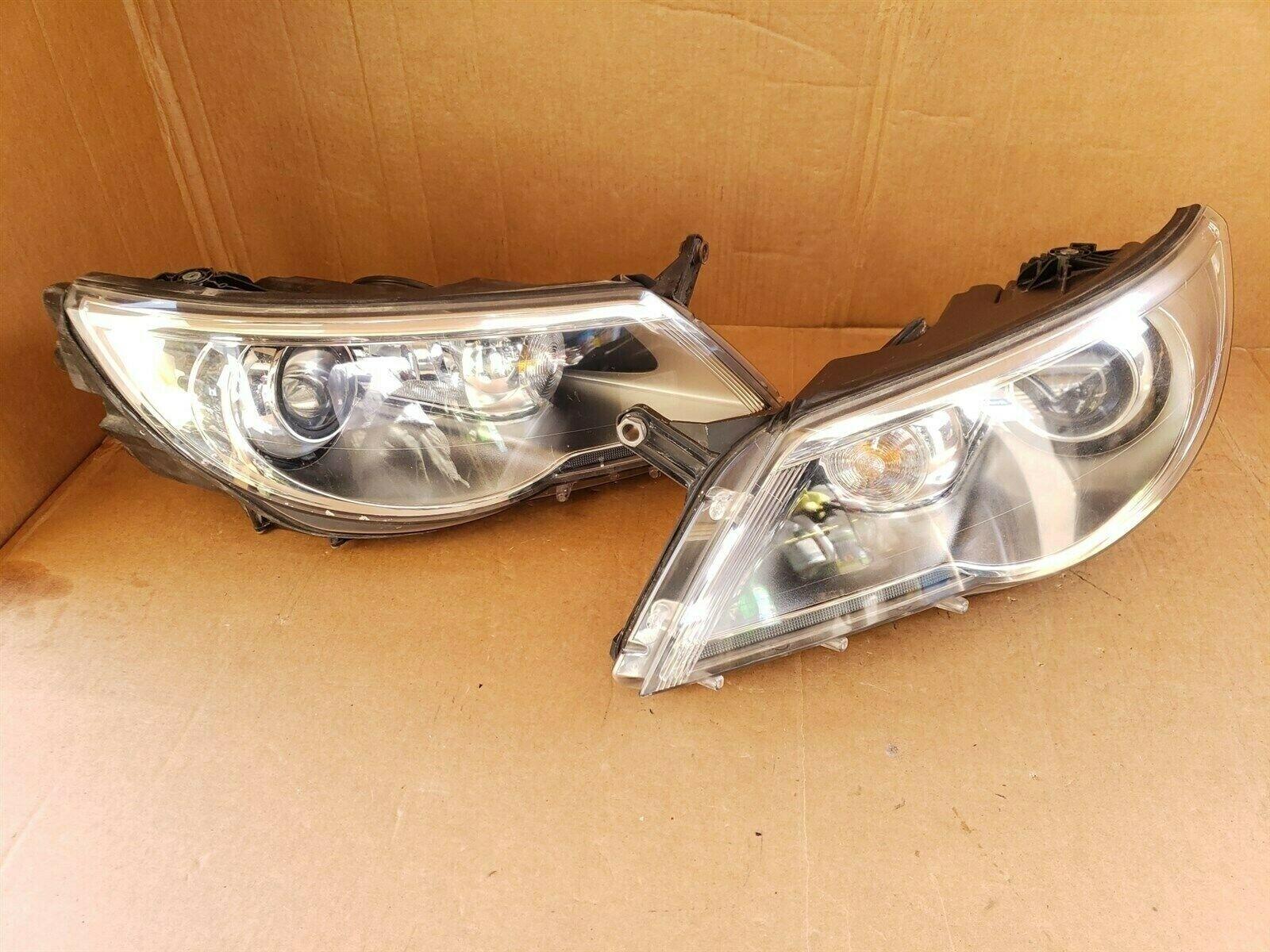 09-11 Volkswagen VW Tiguan Headlight Xenon HID AFS Set L&R