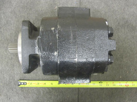 PARKER 316-9610-278 COMMERCIAL HYDRAULIC PUMP 3169610278 image 1