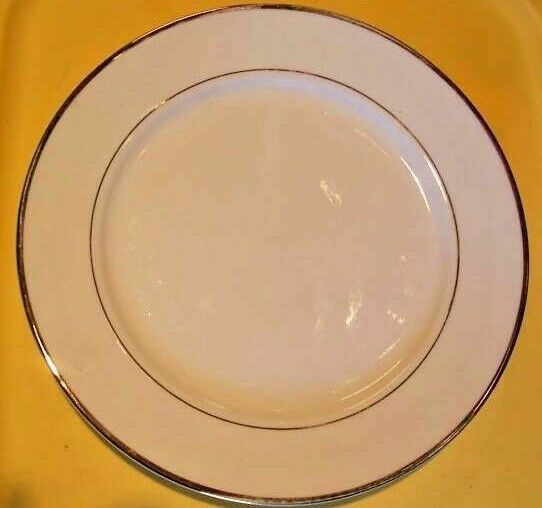 Farberware Vintage Gold Dinner Plates Lot of 6 - $19.00