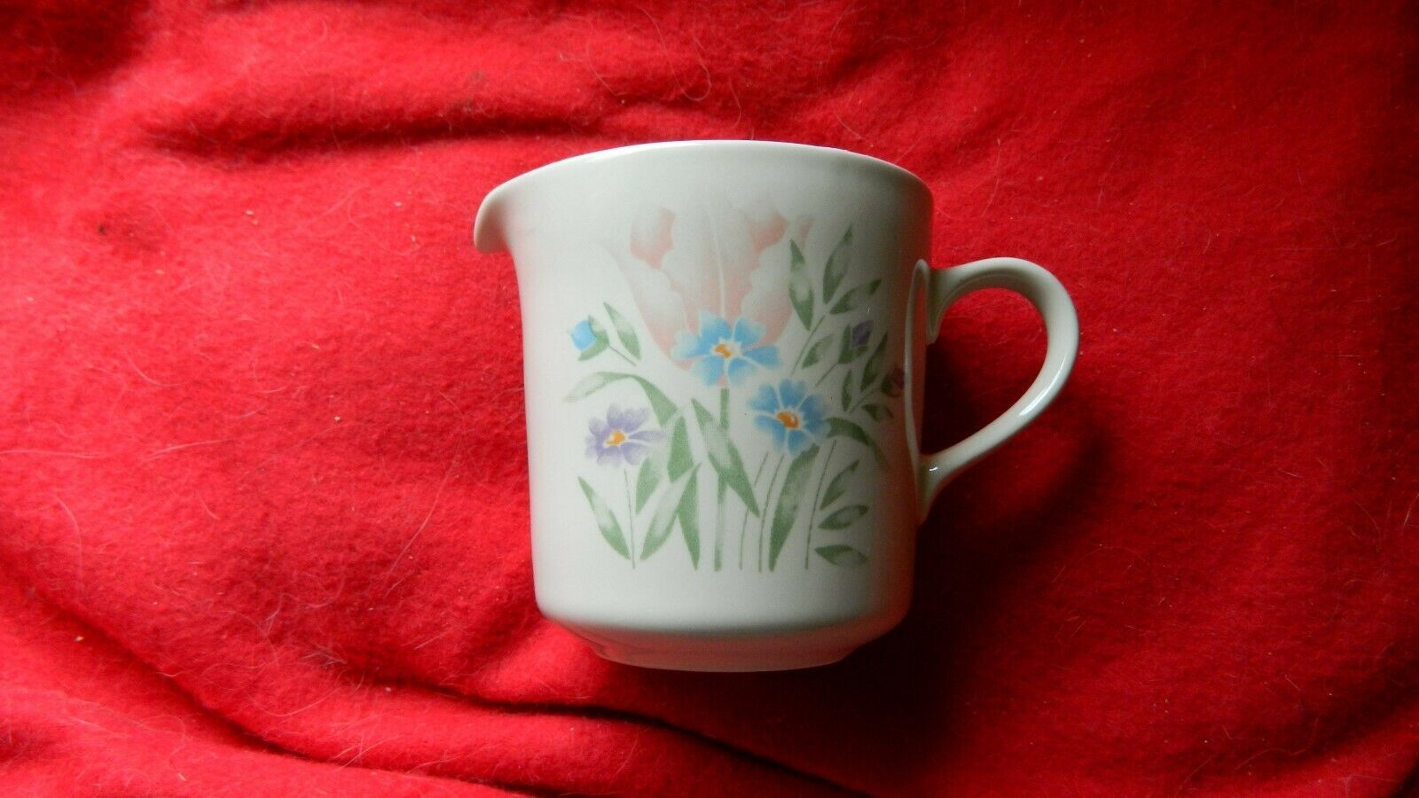Primary image for CORNING CORELLE FRENCH GARDEN CREAMER OR SYRUP PITCHER FREE USA SHIPPING