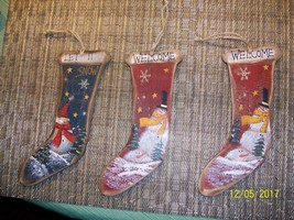 2#M   3 Shabby Chic  Wood Stockings Christmas Hand painted  Hanging Deco... - $9.83