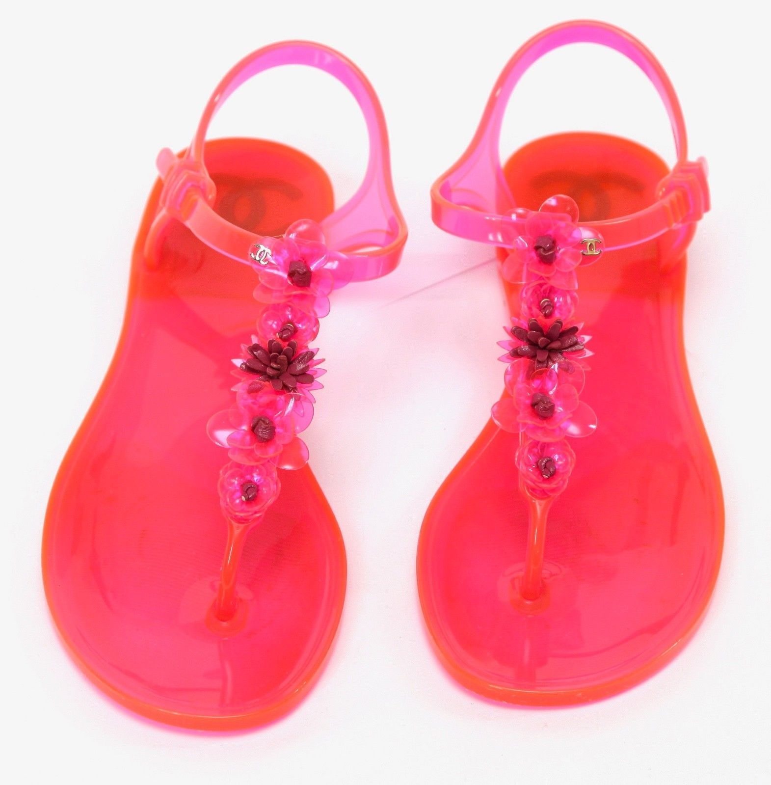 bd1af1bd6 CHANEL Sandal Camellia Jelly Pink Thong Buckle Rubber Leather Gold CC Sz 37  2016