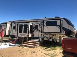 2017 Forest River Sierra 379FLOK for sale by Owner - Reno, NV 89506 image 2
