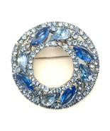 Vintage Signed Mid Century Weiss Blue Rhinestone Crystal Round Wreath Br... - €51,04 EUR