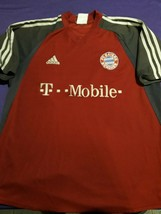old soccer Jersey Bayern munchen  adidas  - $38.61